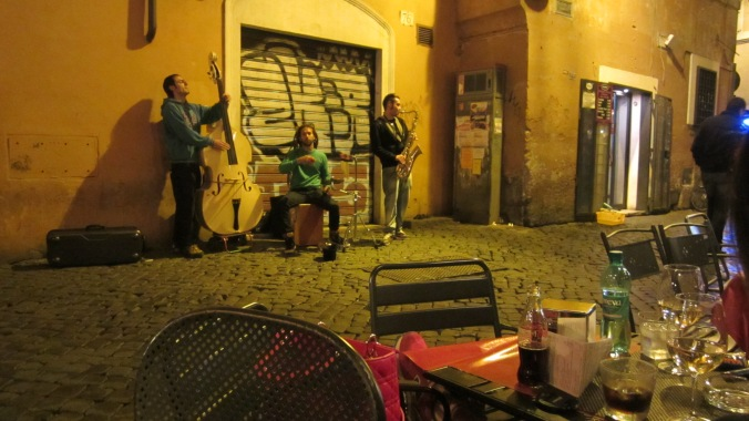 Hip, Happening, Trastevere